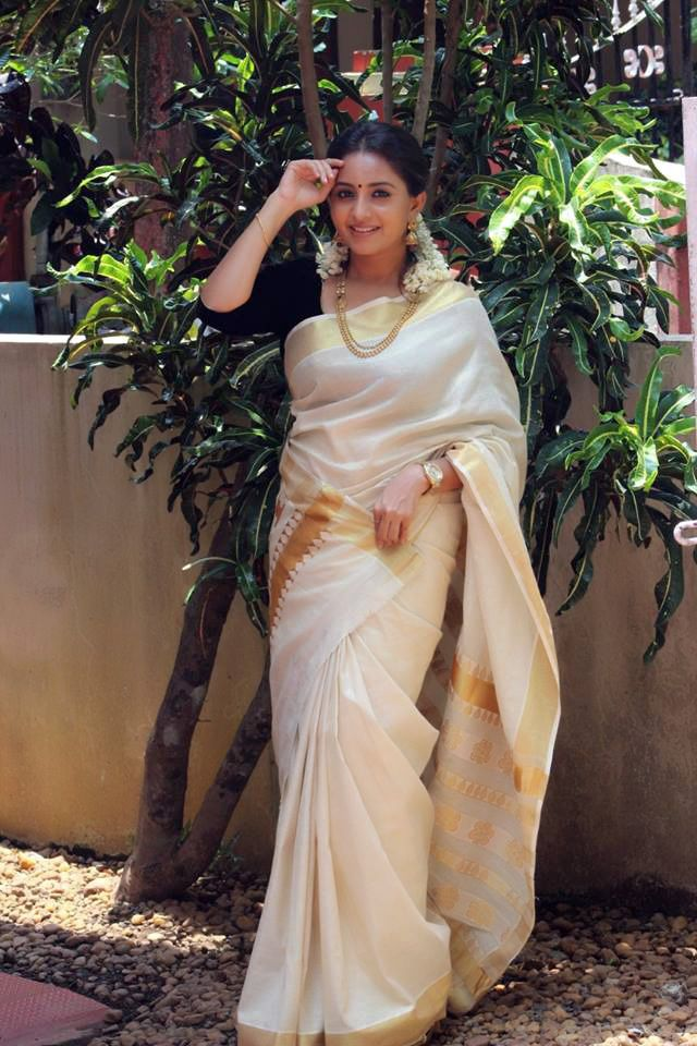Absolutely adore Kerala style sarees