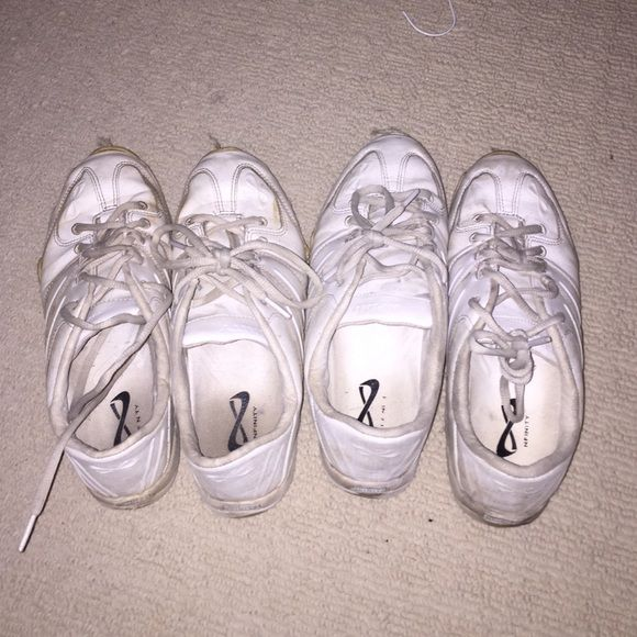 !!!MAKE ME AN OFFER!!! nfinity cheer shoes white cheer shoes. ones on the right are size 9 the left are 9.5. make me an offer!! originally were $70 each Shoes