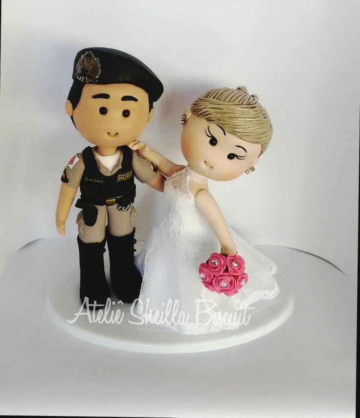 Topo de bolo noivinhos fofinhos personalizados a partir de fotos do casal e todos os detalhes,para começar o ano estou fazendo uma grande promoção aproveite