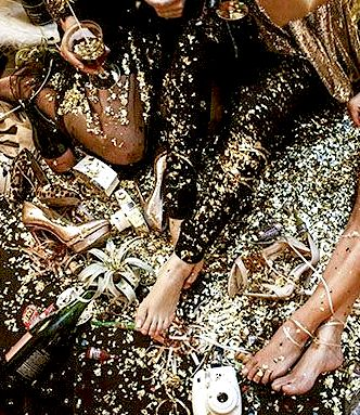 gold, glitter and glitz