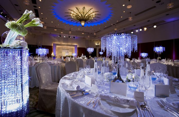 Celebrate at Banquets in Ahmedabad for Gujarati Weddings. Make utmost use of the venue area and amenities by booking venues at bookmyfunction.