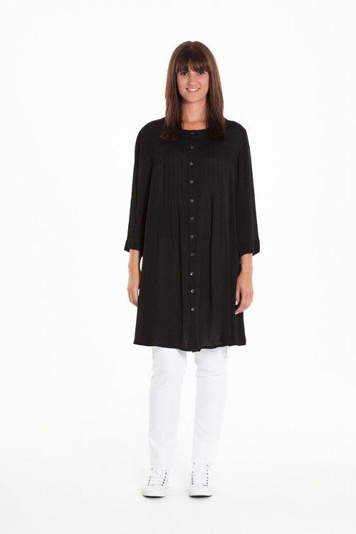 Snygga kläder i större storlek. Beautiful fashion for women wearing xxl