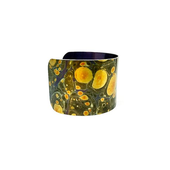 Christmas Jewelry - Aluminum Cuff Bracelet - Xmas Gift - Christmas Gifts for Her - Christmas Jewelry - Paper Marbling - Sku R13-DS002