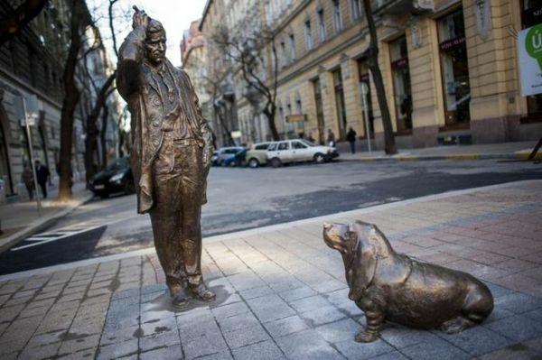 100 Berühmte Kunstwerke - kreative Skulpturen und Stauten weltweit