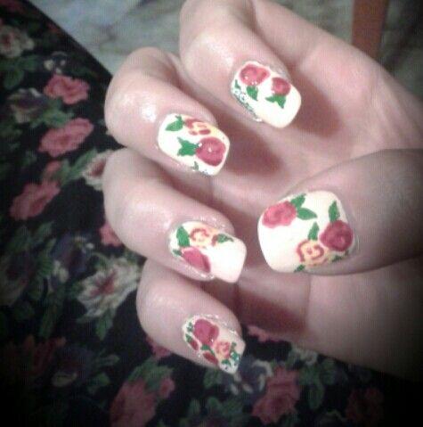 Vintage roses design !