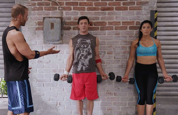 Not sure how heavy to go for your workout? DailyBurn trainer Ben Booker recommends a dumbbell test to figure out the right weight for you. If you can't maintain form before reach 14 reps, pick a set of weights five lbs. lighter.