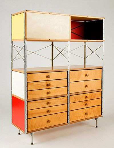 As storage goes, this is as cool as it gets. Eames storage units are multipurpose and freestanding, with moulded plywood sliding doors, brightly painted screens, brushed, galvanised metal surfaces, and height-adjustable legs – and they work as room dividers just as well as they work as shelves #iconicdesign