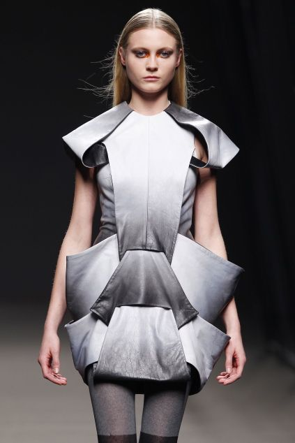 Sculptural Fashion - grey ombre dress with symmetrical structure & 3D silhouette; architectural fashion design // Amaya Arzuaga FW10