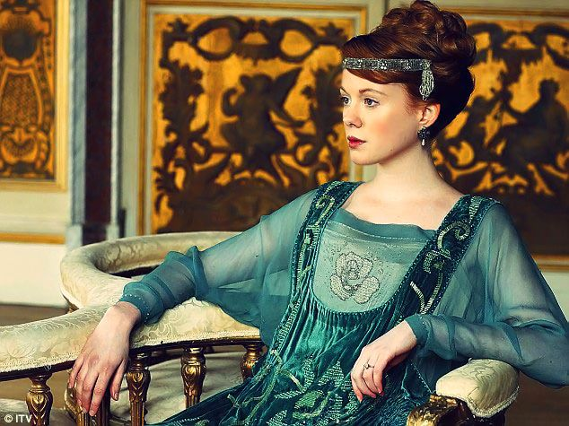 17 Best images about Downton Abbey on Pinterest | Seasons, Matthew ...