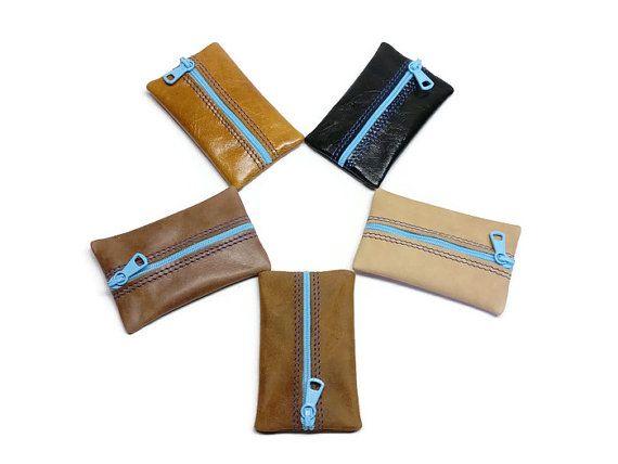 Mooie kleine portemonnee in leer. Vlakke ritssluiting portemonnee. Vintage portemonnees. Deur sleutel rits. Leverbaar in verschillende kleuren