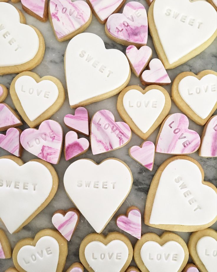 Bligh St. Bistro marble fondant love heart cookies.