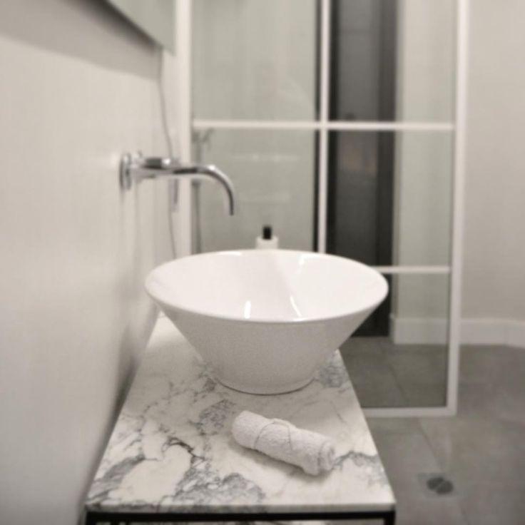 woodworkLAB. Residence in Volos #bathroom #woodworklab #carraramarble #sink #microcemento