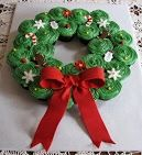 Christmas Cupcake Wreath