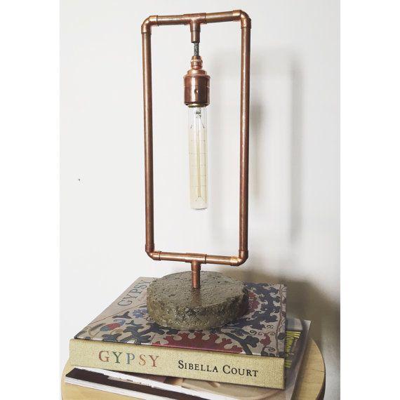 Tuyauterie en cuivre et lampe béton par TheSealStore sur Etsy