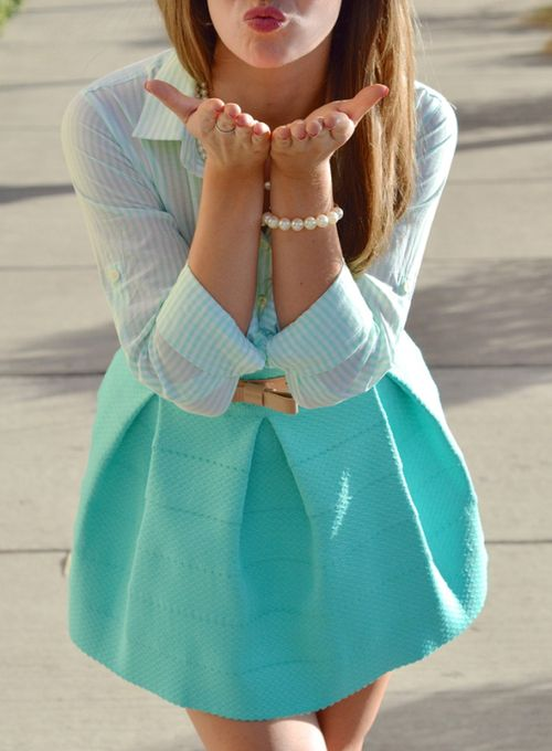 love this skirt - I have it in white but may need to get the mint color for spring! cute.