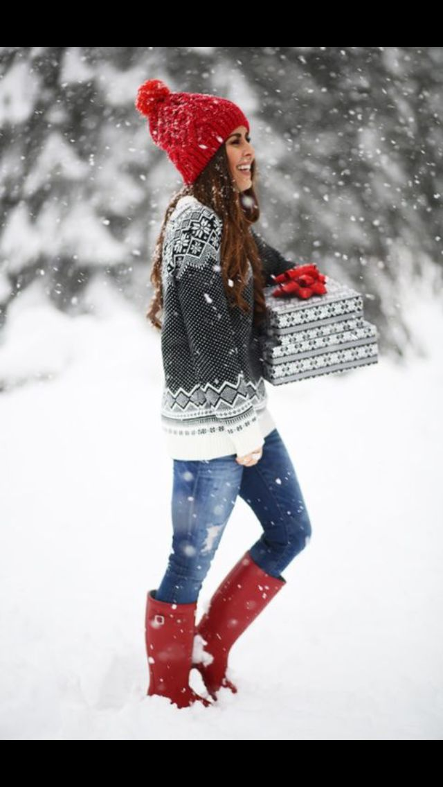 Stitch Fix Fall/Winter Fashion! Sign up today for your subscription box & your own personal stylist for $20! Red Hunter boots, red beanie hat, winter sweater grey with snowflakes. #StitchFix #Sponsored