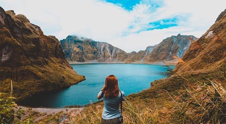 'Mount Pinatubo is indeed a beautiful disaster. A worthy climb to those who love to hike or into adventures.'  Photo and words by @zowarma  #travelingpinoy