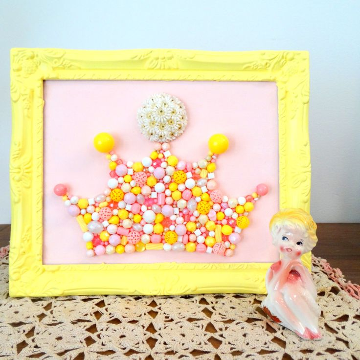 Princess crown wall art - Plastic bead mosaic - Daisy chain - Nursery Art Pastel pink yellow - Shabby chic framed art - Kitsch Framed Art by berryisland on Etsy
