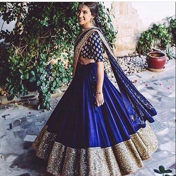 Custom made Bridal lehengas Inquiries➡️ nivetasfashion@gmail.com whatsapp +917696747289 Nivetas Design Studio We ship worldwide Bridal Lehengas lehengas wedding lehengas bridal lehengas designs delivery world wide follow : @Nivetas Design Studio