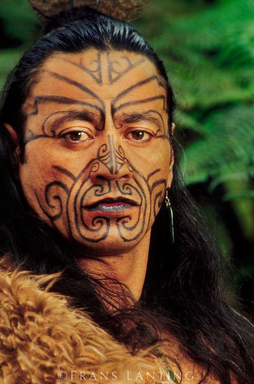 lovely Maori tats | Photo by Frans Lanting                                                                                                                                                                                 Más