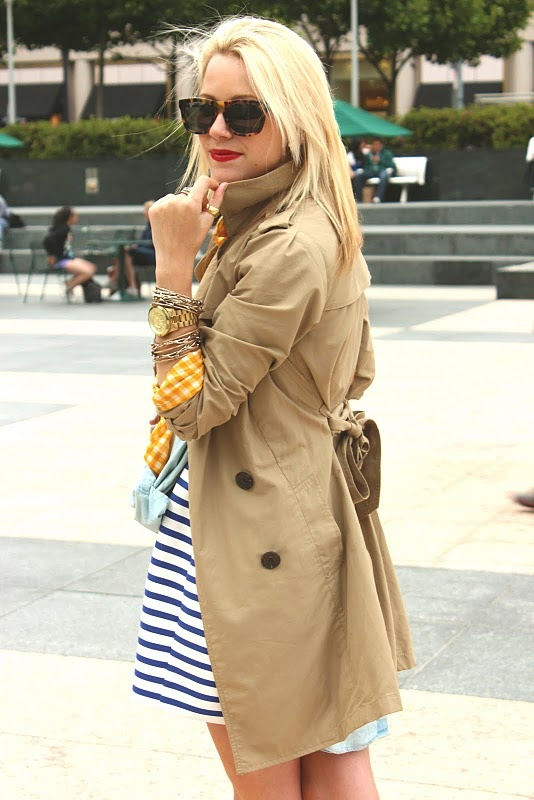 Love the trench + striped dress + red lips + mash up of jewels.: Khakis, Glasses, Nautical Colors, Colors Combinations, Bows, Cool Ideas, Tortoi Shells, Trench Coats, Tortoises Shells