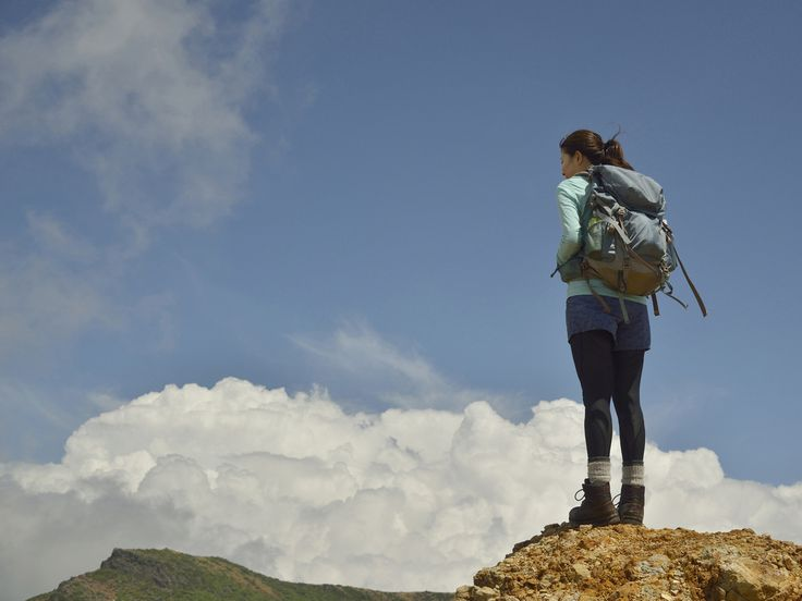 東京から日帰り可能な、登山初心者やファミリーでも楽しむことができる標高1000m以下の低山ハイキングコースをご案内します。ハイキングコースは倒木などで通行止めになることがあるので、お出かけ前の情報収集をおすすめします。