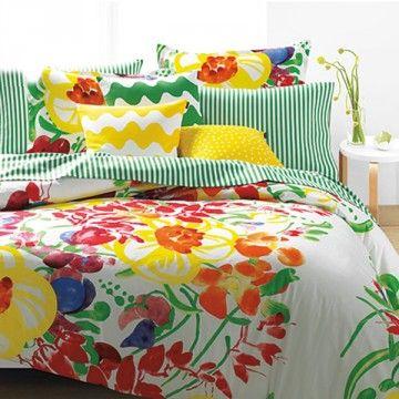 おしゃれなベッドファブリック、布団カバーの選び方-カウモ 色・柄も豊富なマリメッコ