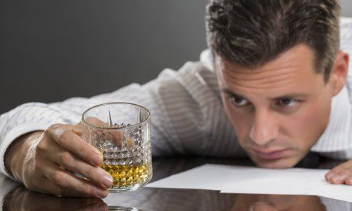 Alcoholism and Alcohol Abuse: Recognizing the Signs, Symptoms, and How to Get Help