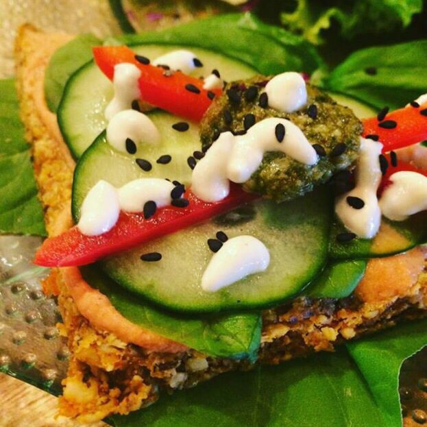 Raw42 organic vegan pizza