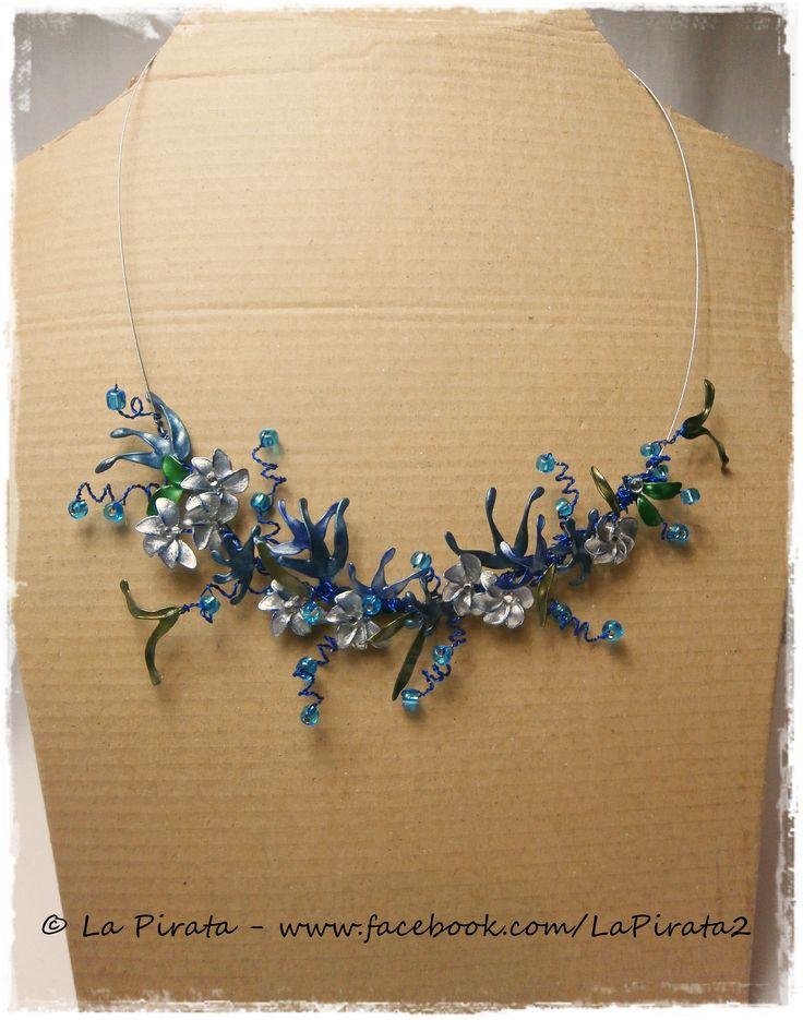 Nail Polish Wire Flower Necklace www.facebook.com/LaPirata2/