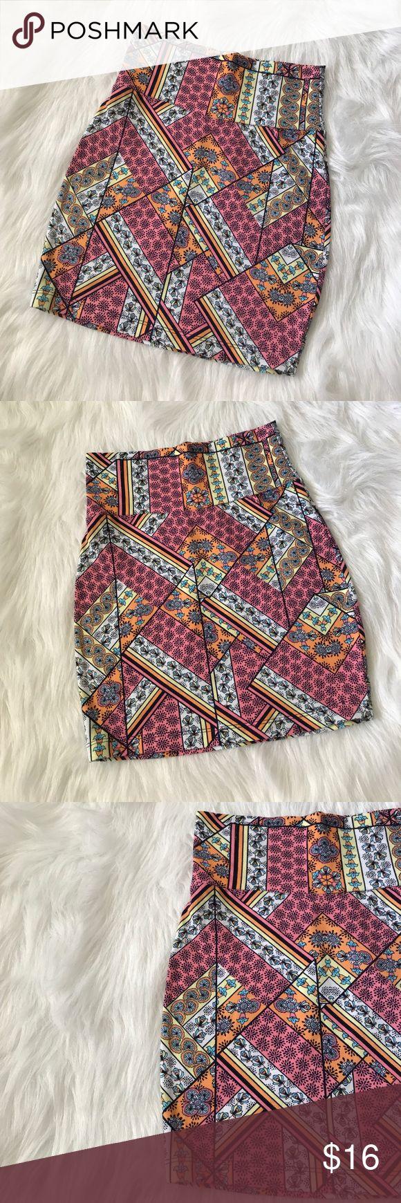 Aztec pink mini skirt  Charlotte Ruse sexy mini skirt ! Size xs Charlotte Russe Skirts Mini