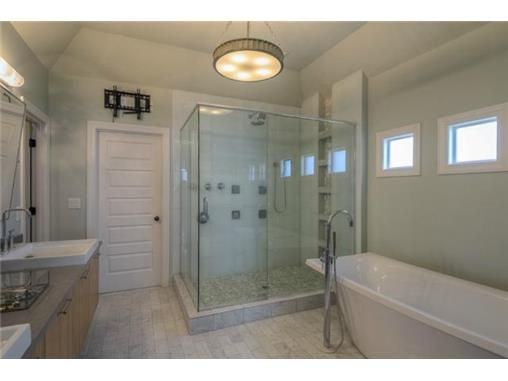 Overland Park Home For Sale 5603 W 144TH Ter KS 66223 Photo 15