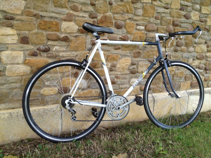 """Sleek Esprit"" this Raleigh esprit frame is about all that is left original about this bike but had to be kept as is, for the classic look Email mcsimsi@hotmail.co.uk for more info"