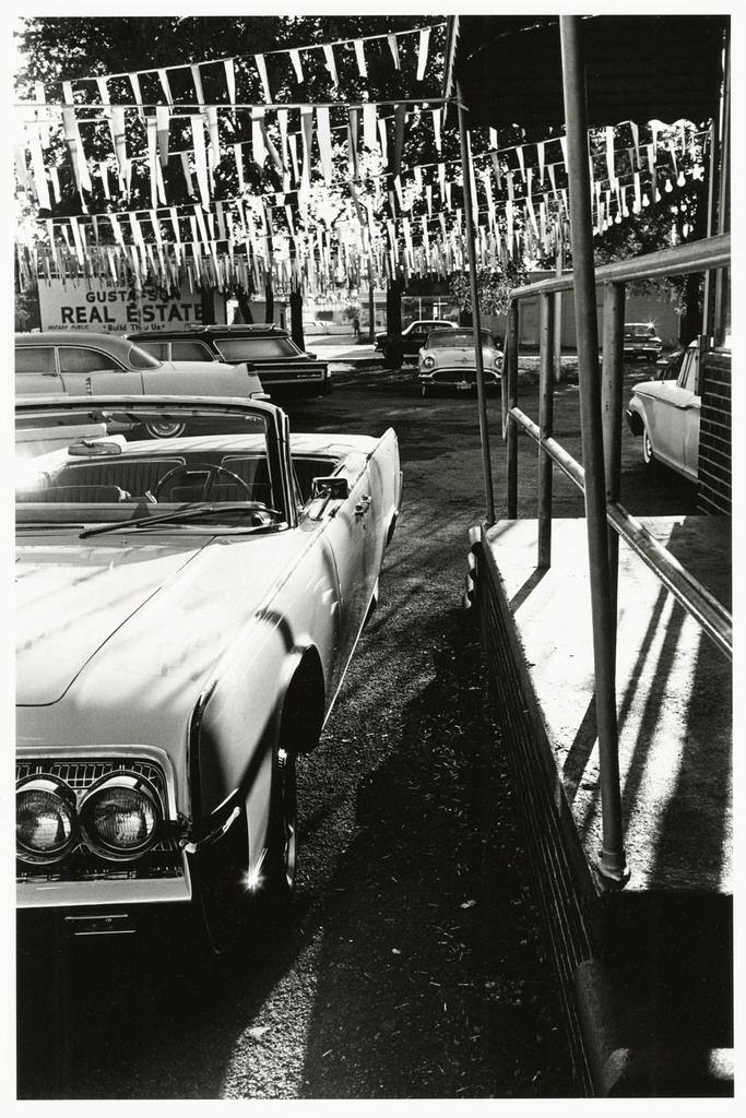 Car, 1963 © Lee Friedlander, courtesy Fraenkel Gallery, San Francisco