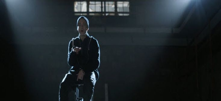 "Eminem | Guts Over Fear [Video]- http://getmybuzzup.com/wp-content/uploads/2014/11/emenim.jpg- http://getmybuzzup.com/eminem-guts-fear-video/- Eminem – Guts Over Fear New video from Eminem for the song titled ""Guts Over Fear"". Enjoy this video stream below after the jump. Follow me: Getmybuzzup on Twitter 