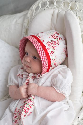 Easy Reversible Baby Bonnet Tutorial