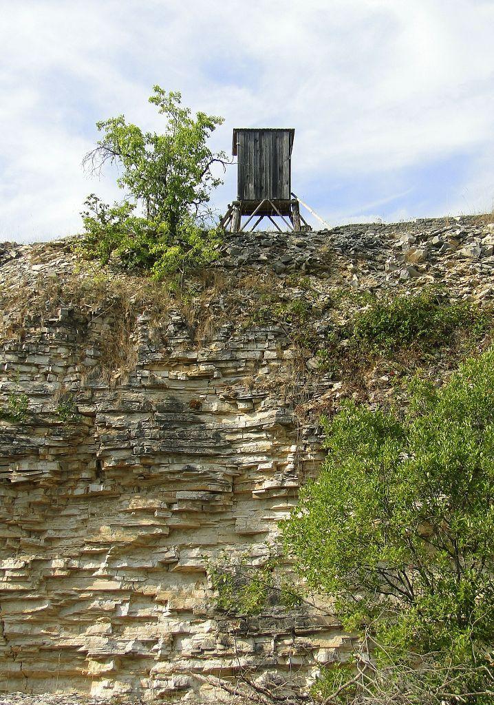 Hochsitz im Steinbruch