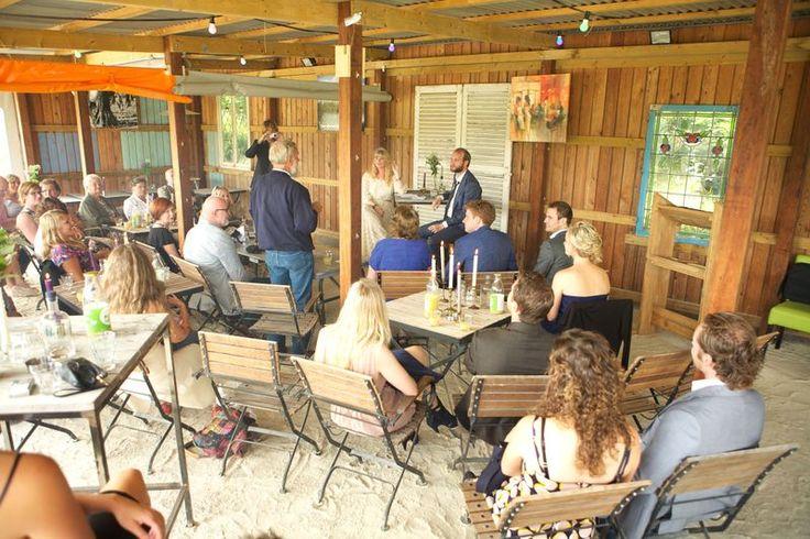 DE LOCATIE VOOR JOUW EVENT! Ontdek Netl de Wildste Tuin met je familie, vrienden en collega's!  De locatie voor een prachtig evenement, vergadering, bruiloft en familiefeest.  Ruimte voor grote en kleine groepen.