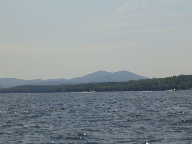 Lake Winnipesaukee: The Heart of New Hampshire's Lake Region Real Estate - http://www.homeadditionplus.com/real-estate-info/Lake-Winnipesaukee-Real-Estate.htm