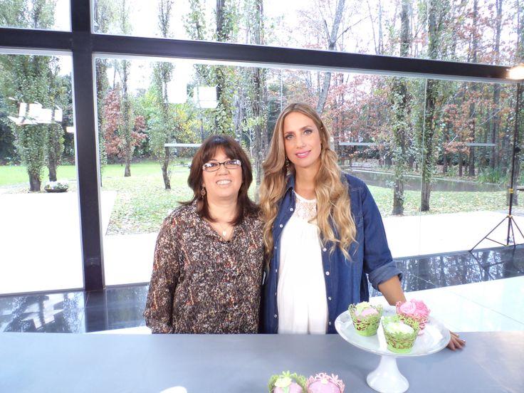 Junto a Paula Domenech, en la grabación de Celebraciones en Familia - Programa emitido por CasaClub TV