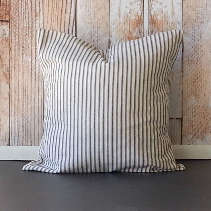 Decorative Pillows Neutral : Best 25+ Neutral pillow covers ideas on Pinterest Neutral pillows, Decorative pillows and ...