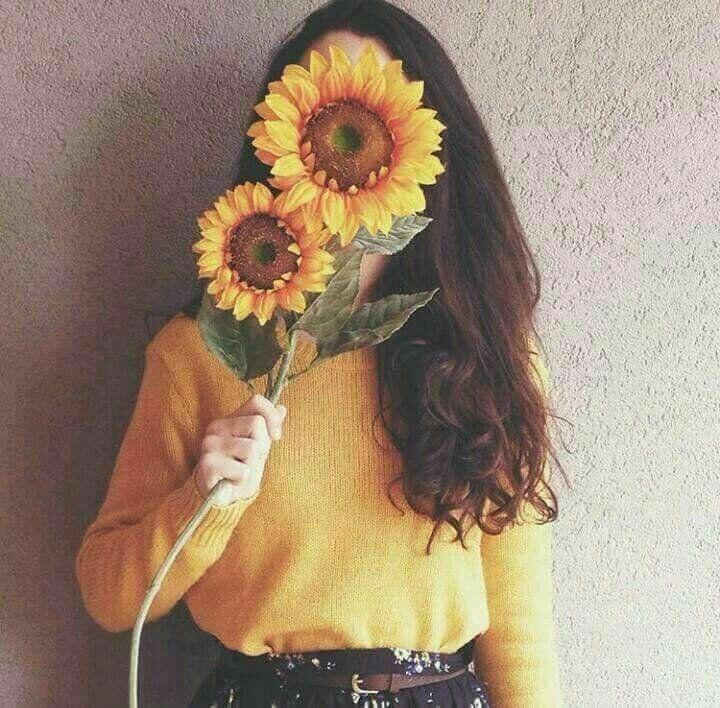جميلة اﻧﮧت كـ كوﮔﮧب بلوﺗﮧﯚ وحيدۿ بعيدۿ هادئه حزﻳﻨﮧۿ عنيدۿ فاﺗﻨﮧۿ Aesthetic Photography Flower Aesthetic Instagram Photography