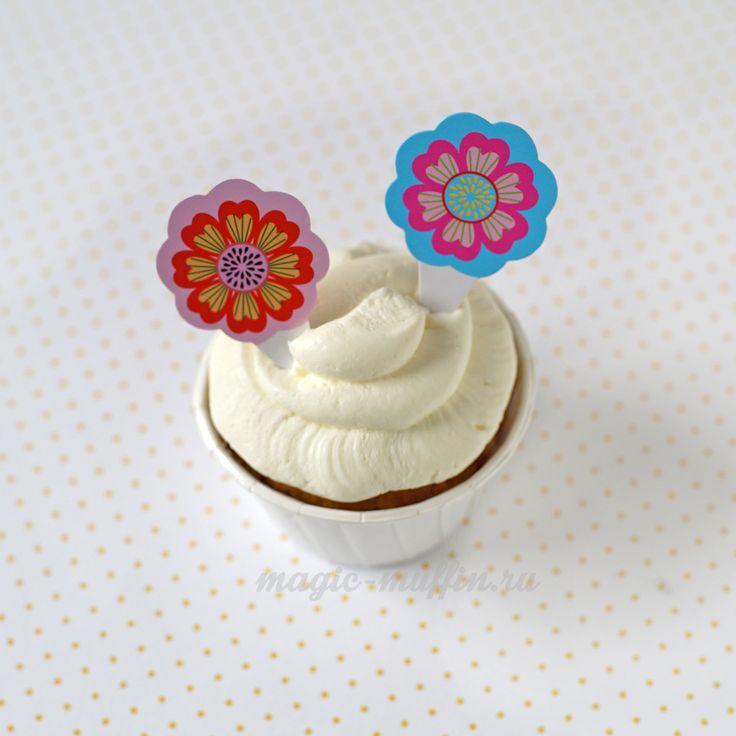 Топперы: красные и голубые цветы капкейк маффин торт декор крем выпечка рецепт cupcake muffin cake cup baking frosting decor birthday