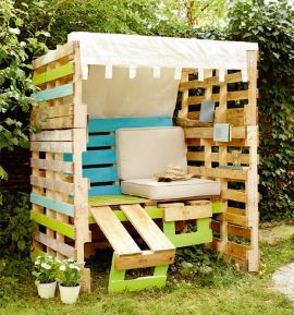 17 best images about pallet on pinterest pallet chair pallet wood and pallet lounge. Black Bedroom Furniture Sets. Home Design Ideas