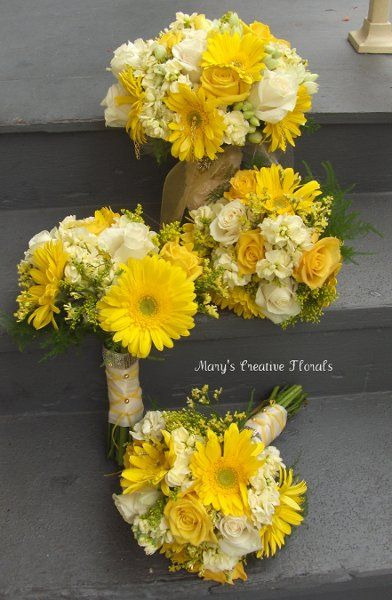 Gold Ivory Yellow Bouquet Spring
