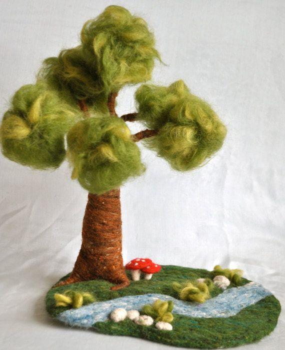Waldorf inspirado de fieltro aguja playscape: árbol, río, piedras, setas.Hecho por encargo