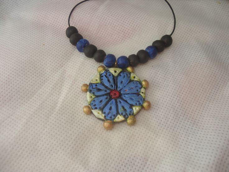kék  virágos nyakék