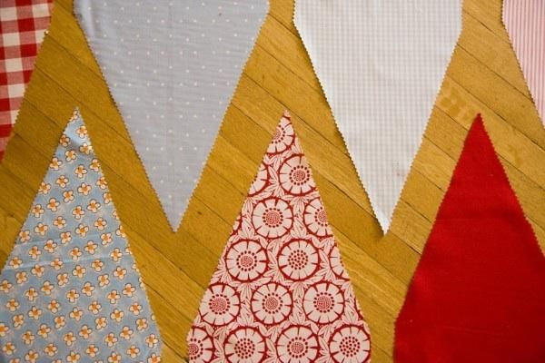 Pennants: classic, simple, easy DIY. Click through for how-to via Once Wed #wedding #decorations
