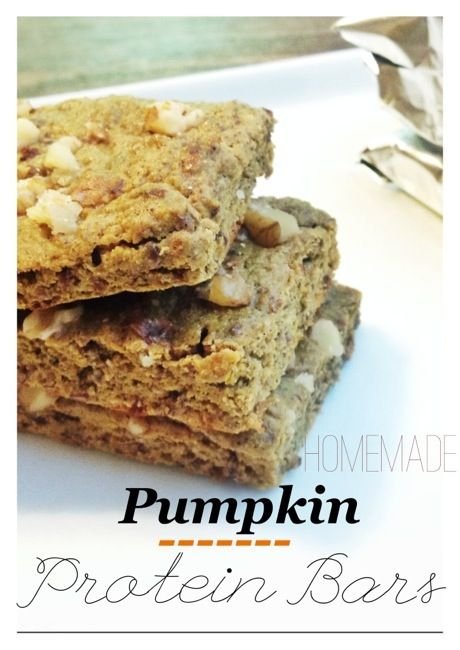 4 egg whites  ¾ cup organic (canned) pumpkin  1 tsp vanilla extract  ¼ cup oat flour (I just ground up my oats in a coffee grinder, but could also use a food processor or bullet)  2 scoops vanilla protein powder.   ½ tsp cinnamon (or less if you feel so)  ½ tsp baking powder