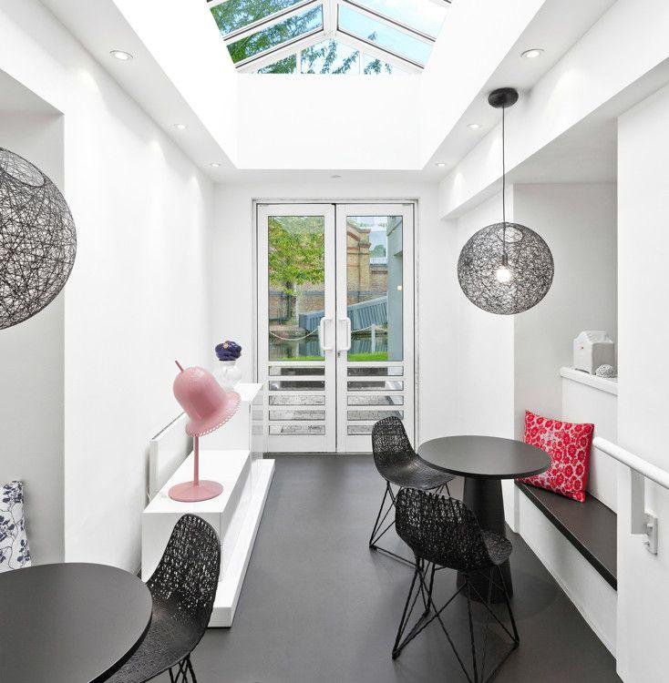 Случайный свет очень драматичный, большой шарик из ротанга:  #architecture #home #design #decor #art #light #interior